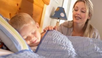 Как легко и без слез поднять ребёнка утром в садик или школу?